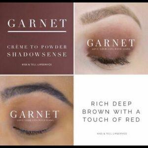 Garnet  ShadowSense SeneGence